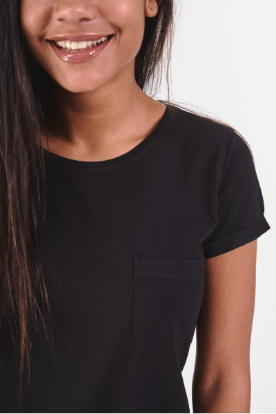 Gładki t-shirt z kieszonką na piersi