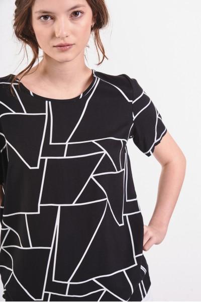 Bluzka w geometryczne wzory