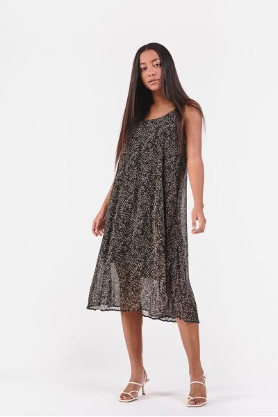 Zwiewna sukienka w drobny wzór