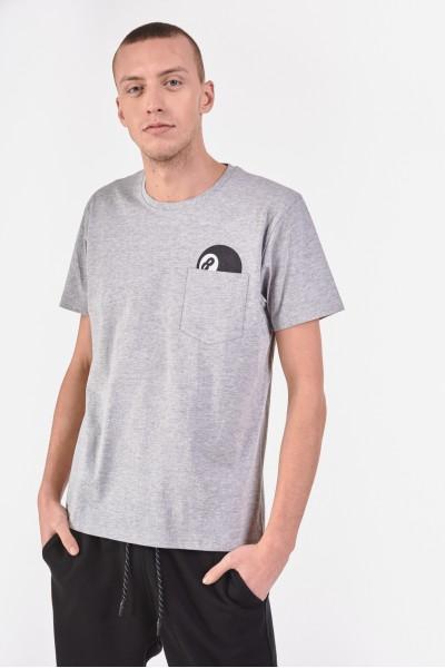 T-shirt z kieszonką na piersi