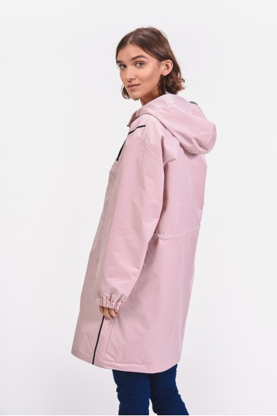 Pudrowy płaszcz wiosenny