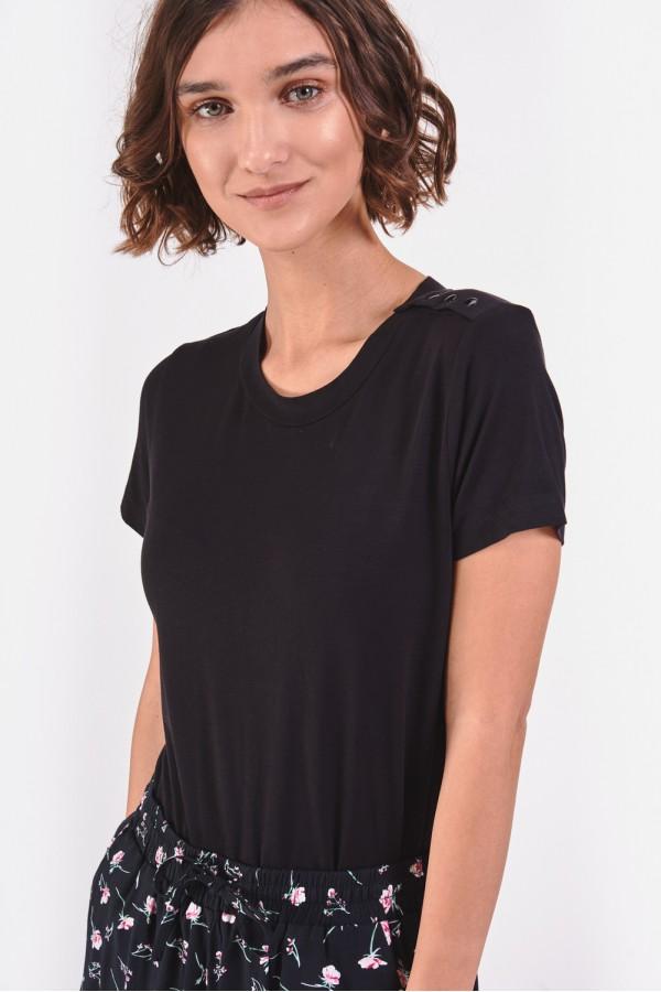 Czarny t-shirt