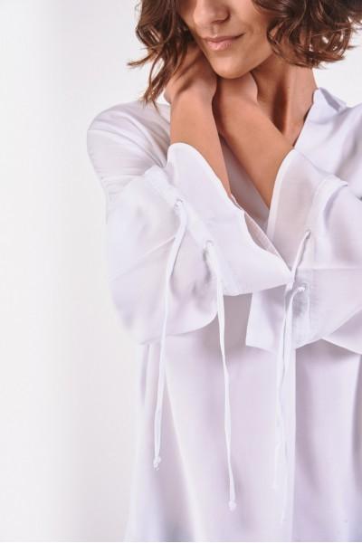 Bluzka z szerokimi rękawami
