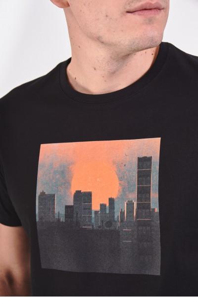 Koszulka z nadrukiem panoramy miasta
