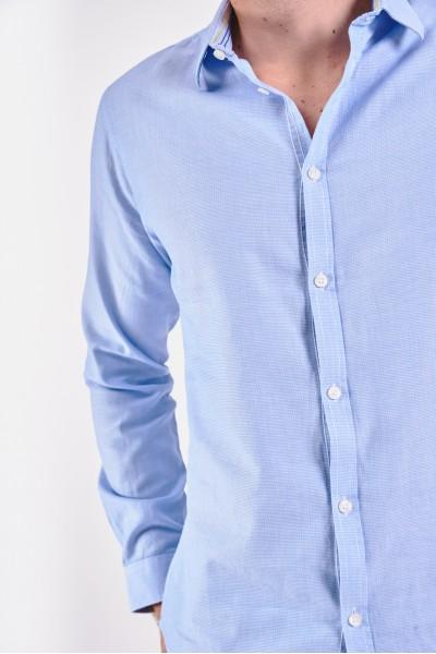 Elegancka błękitna koszula slim
