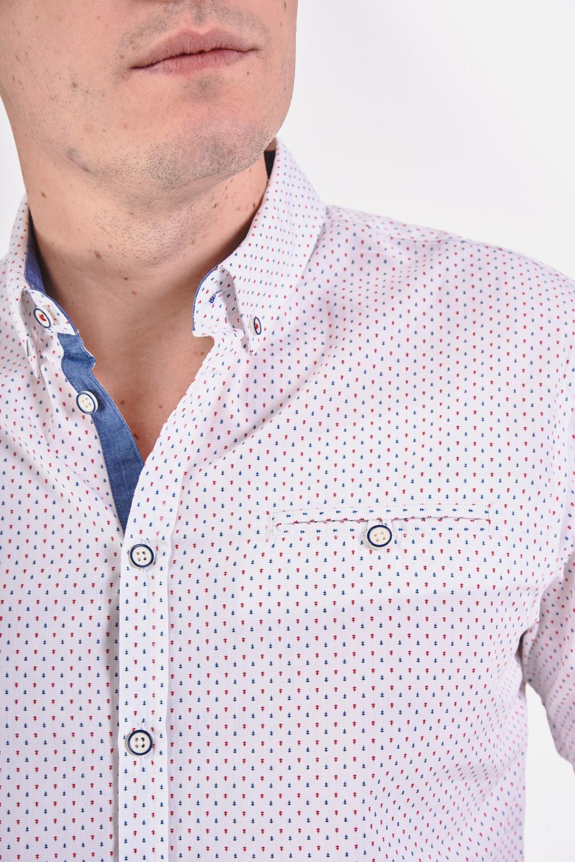 Biała koszula regular z kieszonką na piersi