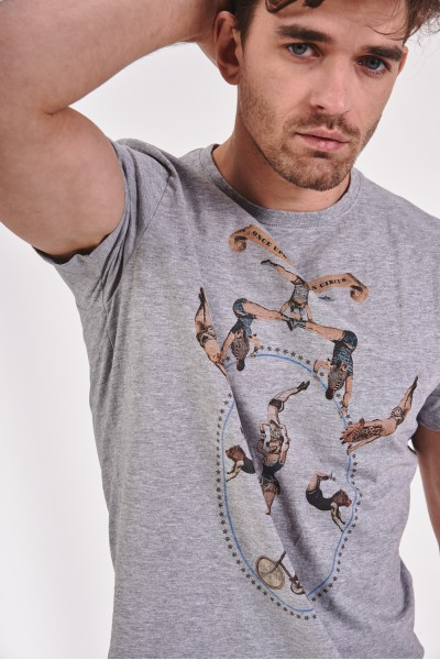T-shirt z motywem cyrku