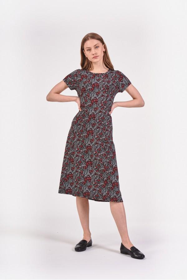 Sukienka we wzór paisley