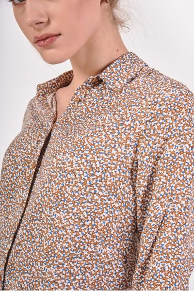 Koszula w odcieniach brązu