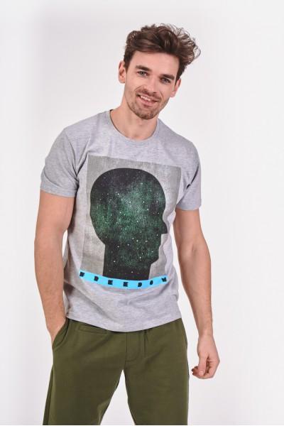 Koszulka z grafiką głowy