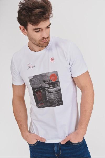 T-shirt z nadrukiem w odcieniach szarości
