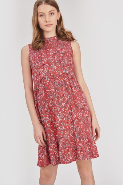 Sukienka z niską stójką