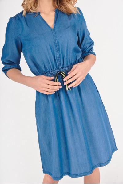 Rozkloszowana sukienka z...