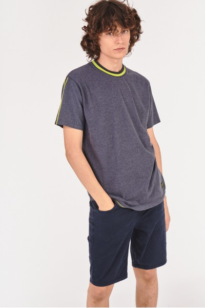 Bawełniana koszulka z neonowymi akcentami