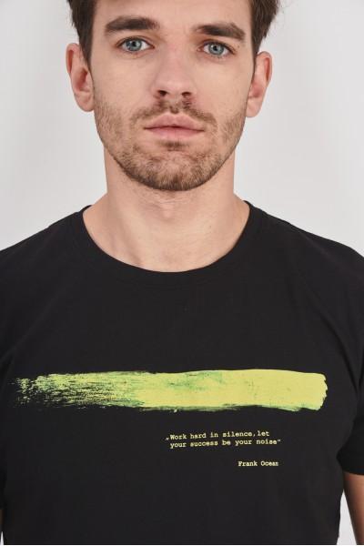 Koszulka z prążkowanego materiału