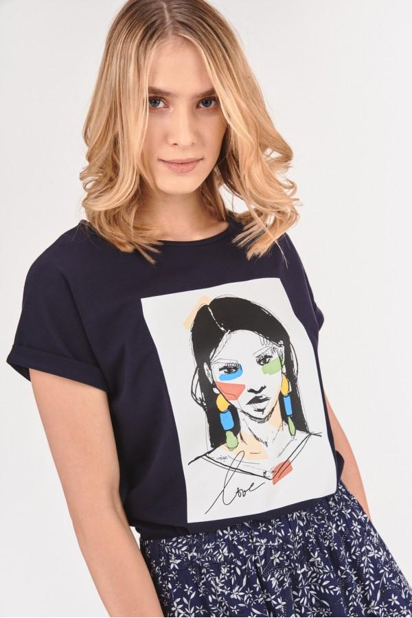 T-shirt z prostokątną grafiką