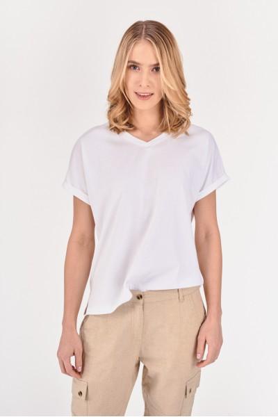 Luźna koszulka z dekoltem w serek