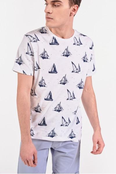 Koszulka w żaglówki