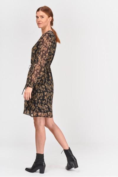 Zwiewna sukienka we wzór