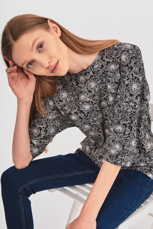 Wzorzysta bluzka