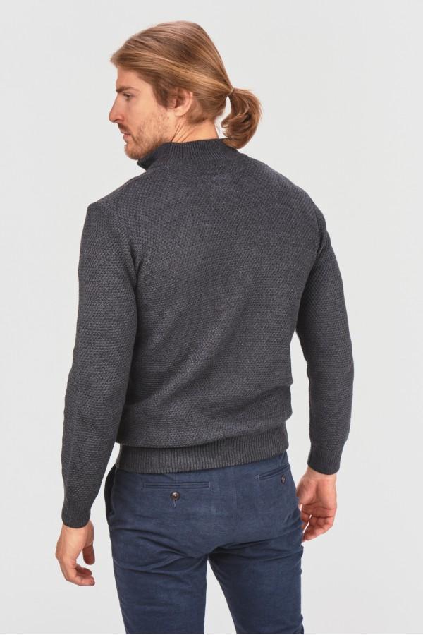 Melanżowy pulower
