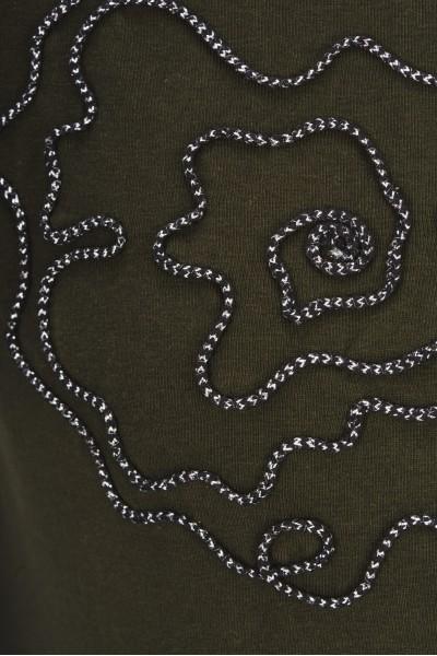 Koszulka z połyskującym sznurkiem