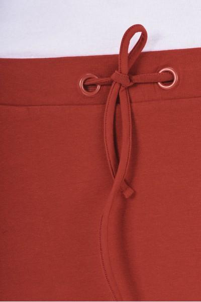 Materiałowa spódnica