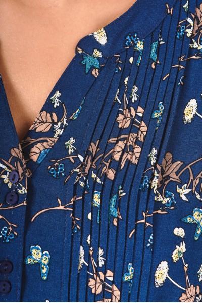 Bluzka z dekoltem V