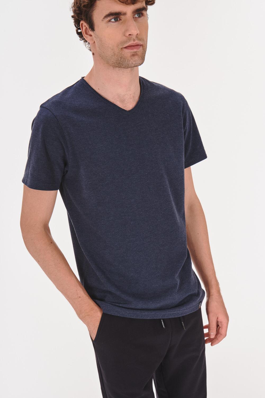 T-shirt z dekoltem w serek