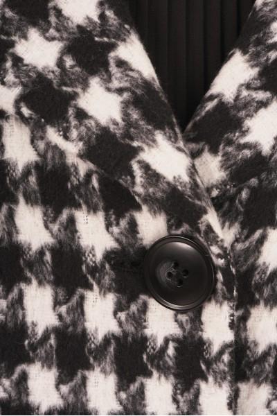 Wiosenny płaszcz w pepitkę