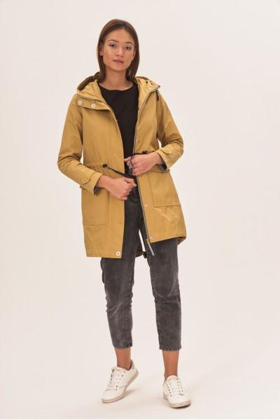 Płaszcz z kapturem