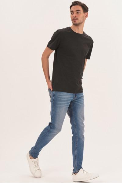 Jeansowe spodnie z normalnym stanem
