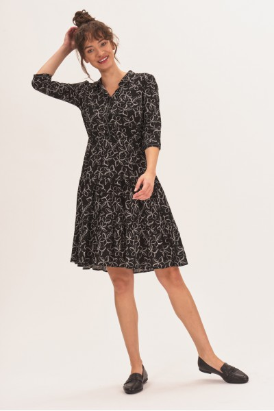 Wzorzysta sukienka mini