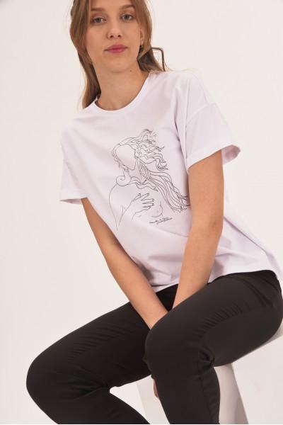 T-shirt z obniżoną linią ramion