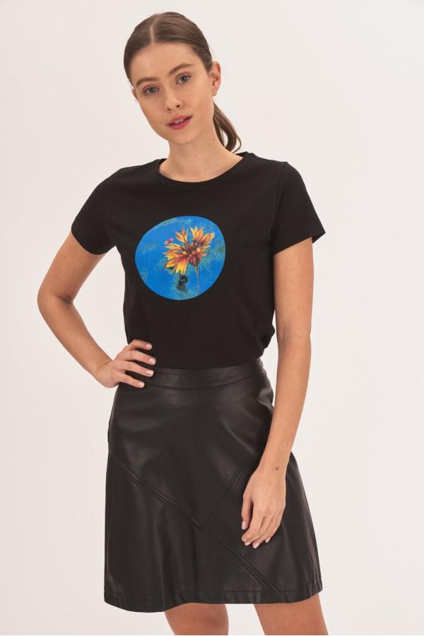Koszulka z okrągłym nadrukiem