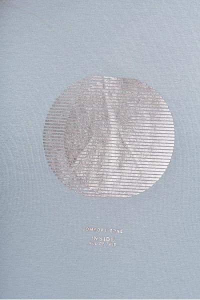 Koszulka z drobnym nadrukiem